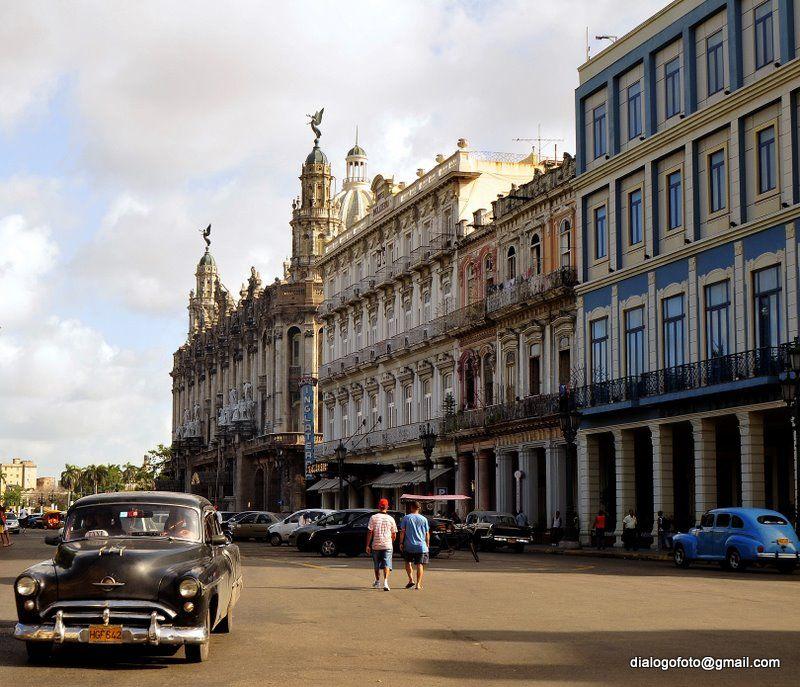 Vista del Paseo del Prado, Habana, Cuba