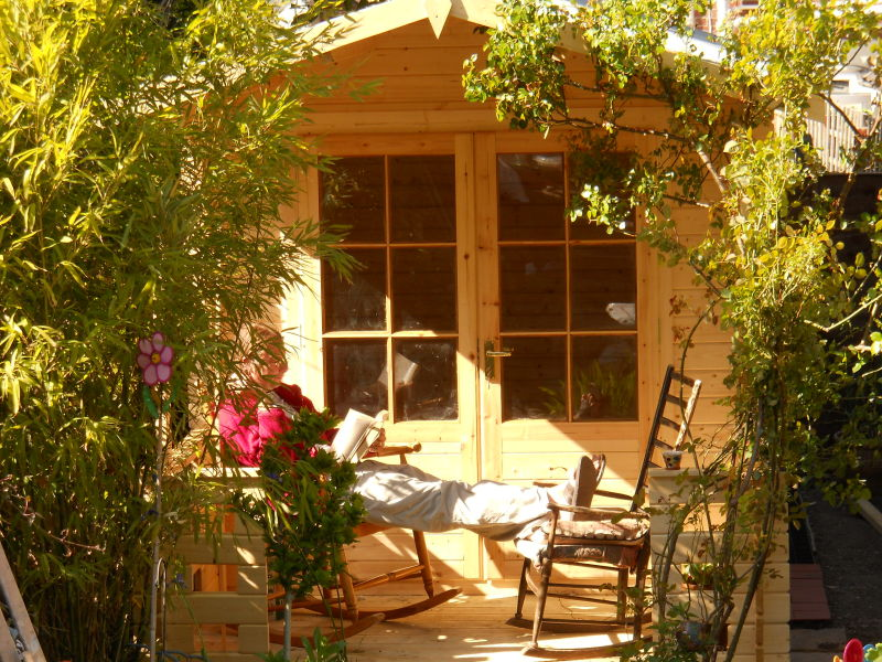 beach hut/log cabin/garden shed/wendy house/studio