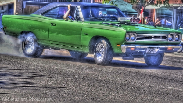 green car  hdr