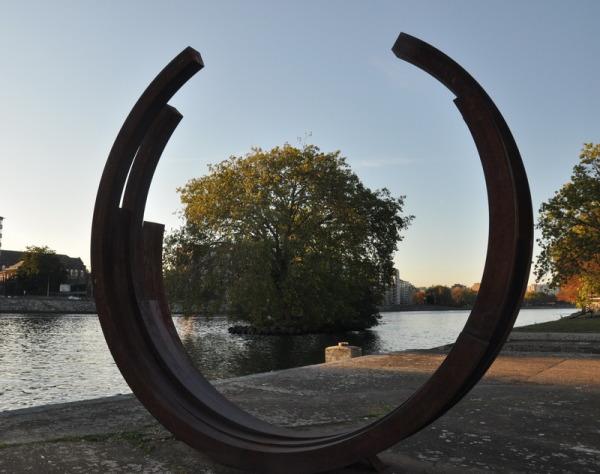 Soleil bas sur la Meuse.
