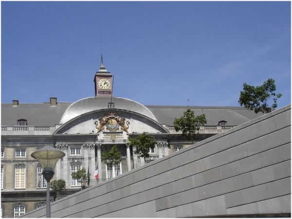 Liège, et son palais des Princes Evêques. 1