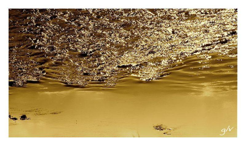 Le fleuve d'or / On the shore of a golden river