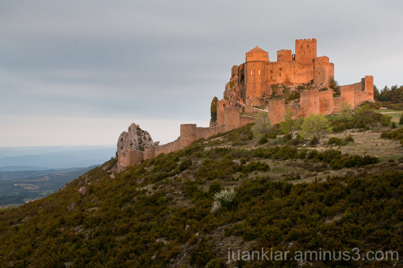 Loarre´s Castle at dawn