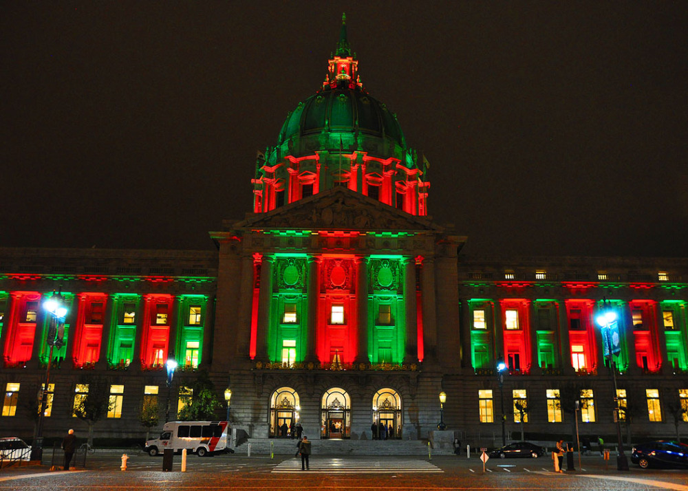 Night scene at Christmas Holiday of SF City Hall !