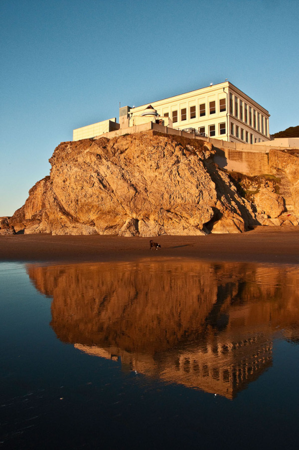 Low Tide scene at rear of Cliff House