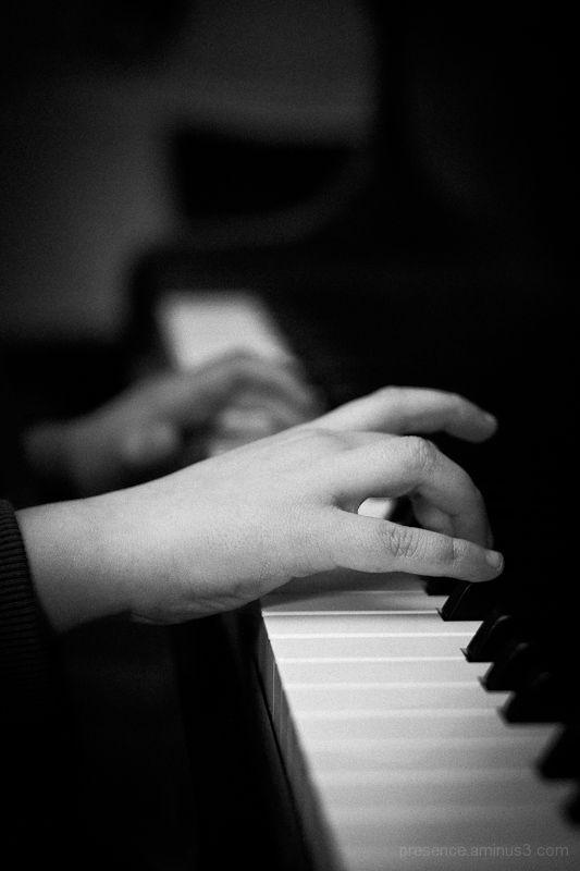 Piano, Hands