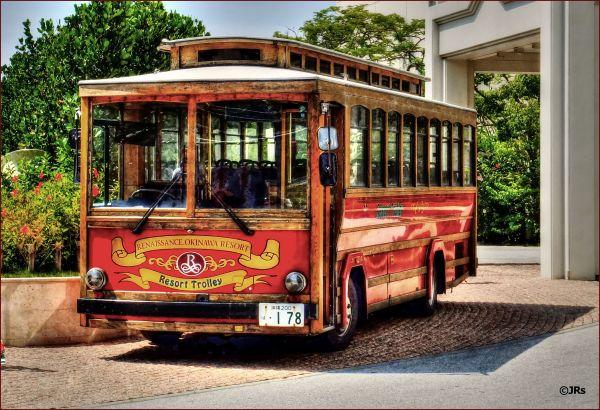 The Renaissance shuttle bus.