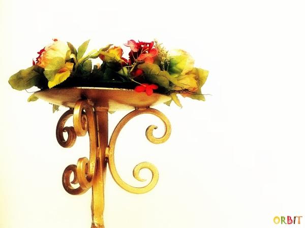 FLOWERS GOLDEN