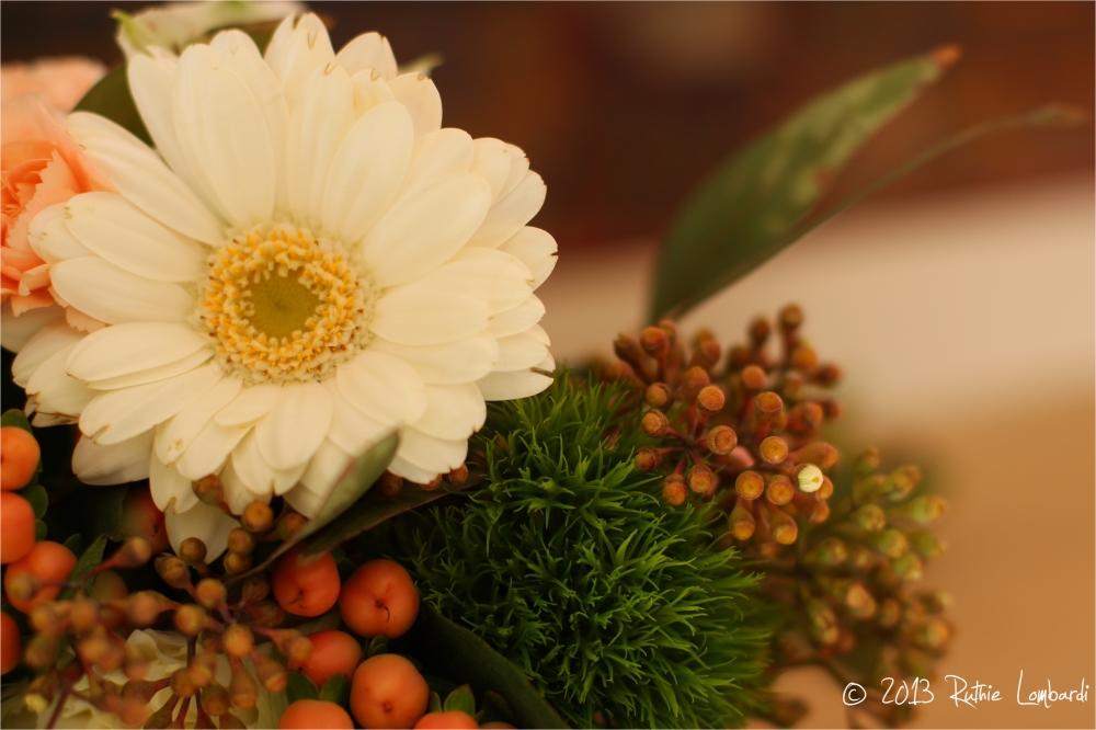 spring daisy bouquet