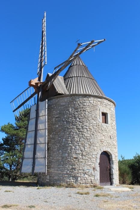 Montfuron (5) - Le moulin