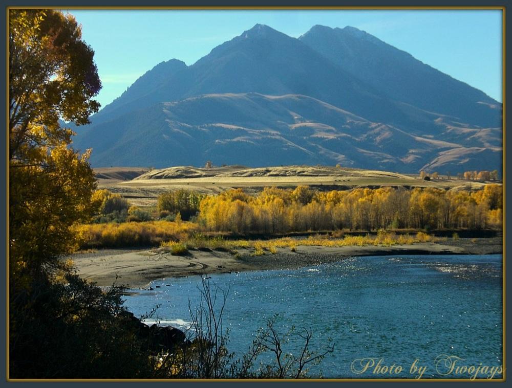 Yellowstone River    Emigrant     Oct. 2012