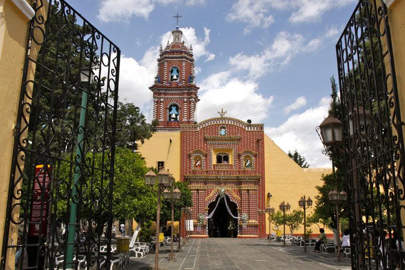 Tonantzintla church
