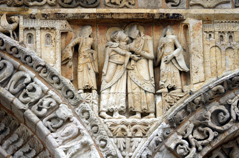poitiers église sculpture façade france