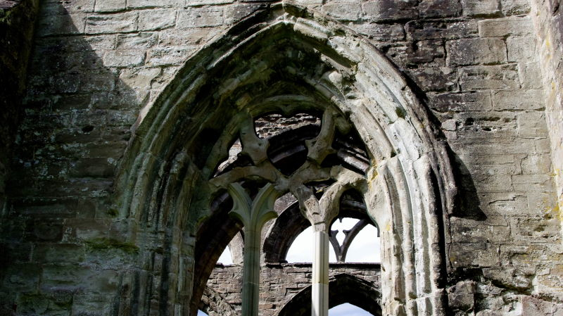 ruins dunkeld cathedral scotland