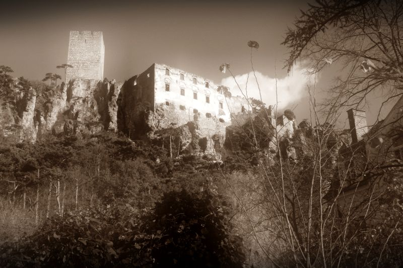 rauhenstein castle in baden