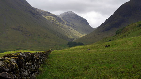"looking into the ""valley of tears"" glen coe"
