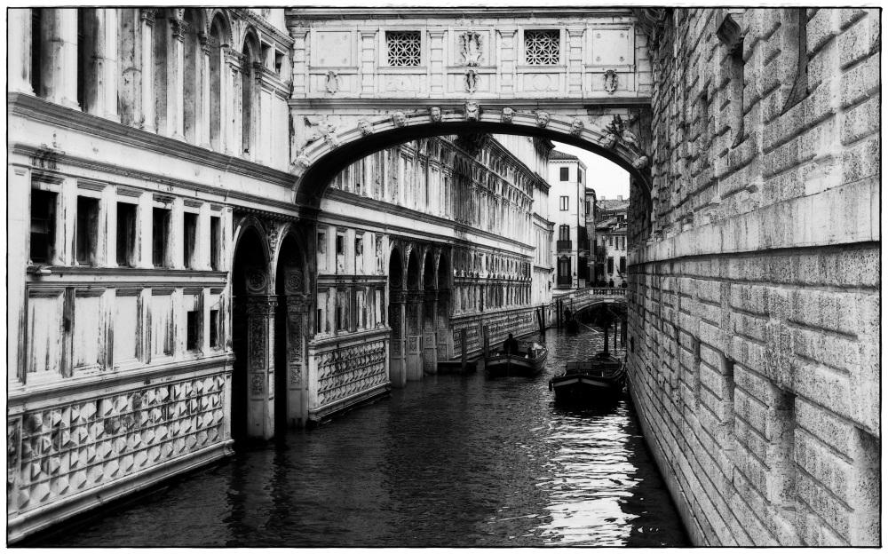 venice, bridge of sighs, canal, bw