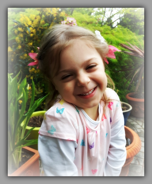emilia, april, four years and seven months, flower