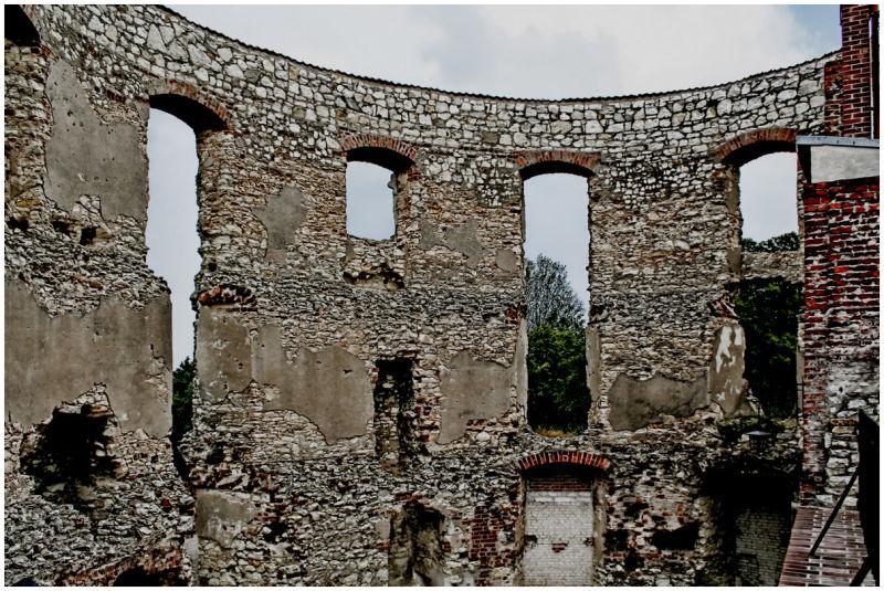 Janowiec Castle 3