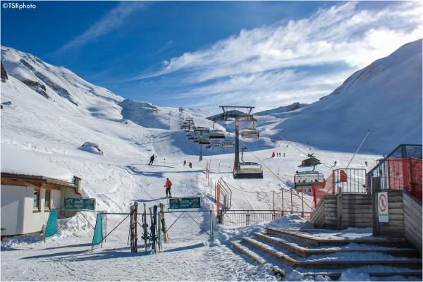 Ski resort 1/4
