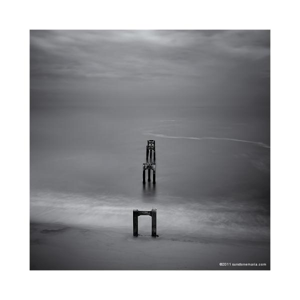 { (un) forgotten pier }