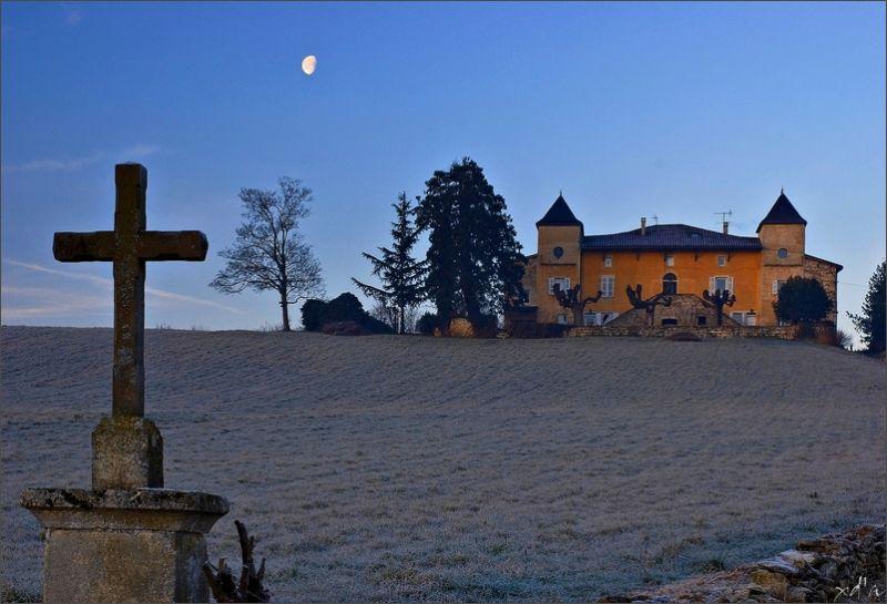 Le château du Montà  Morancé dans le Beaujolais