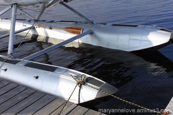 Floatplane Paddle