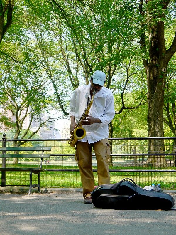 sax in central park