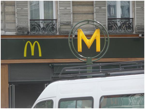 Métro / McDonalds