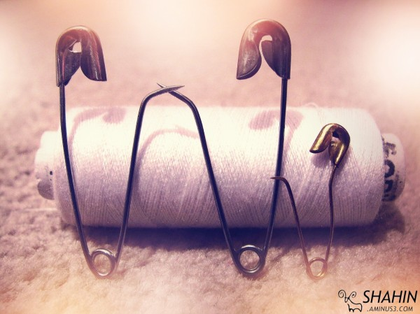 Safety-pin 01