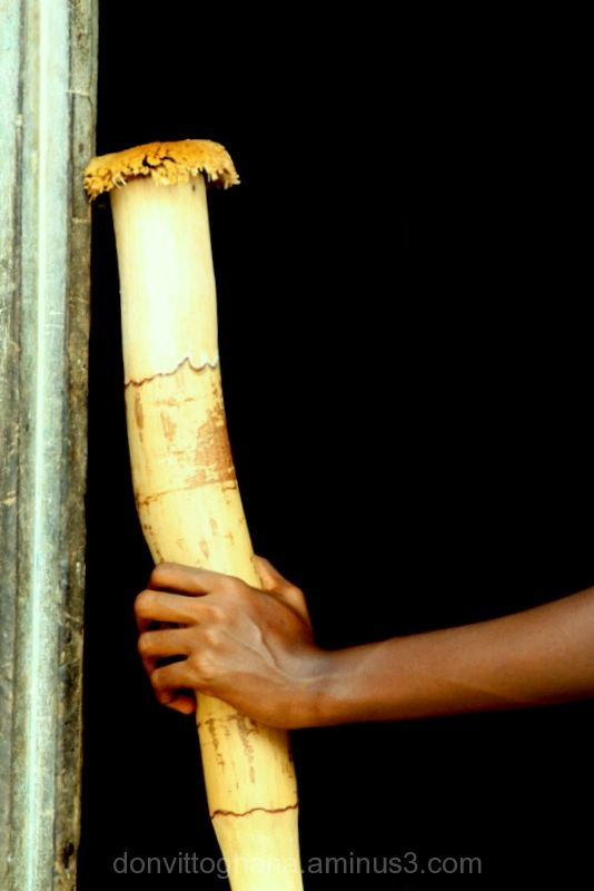 Fufu pounding stick