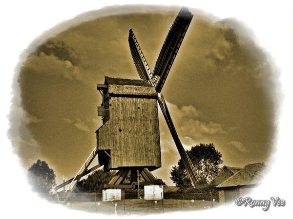 'Poelberg' Mill,  Flanders