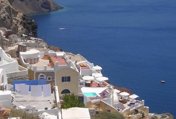 Une terrasse sur la Mer Egée ....