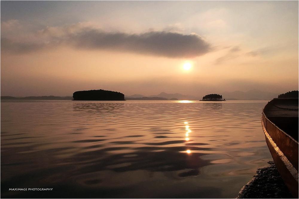 Thac Ba lake