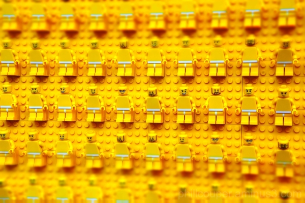 Minifigs laid bare ready for action