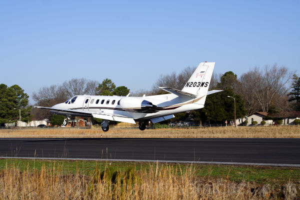 Private jet Cessna Citation N203WS landing at KCWS