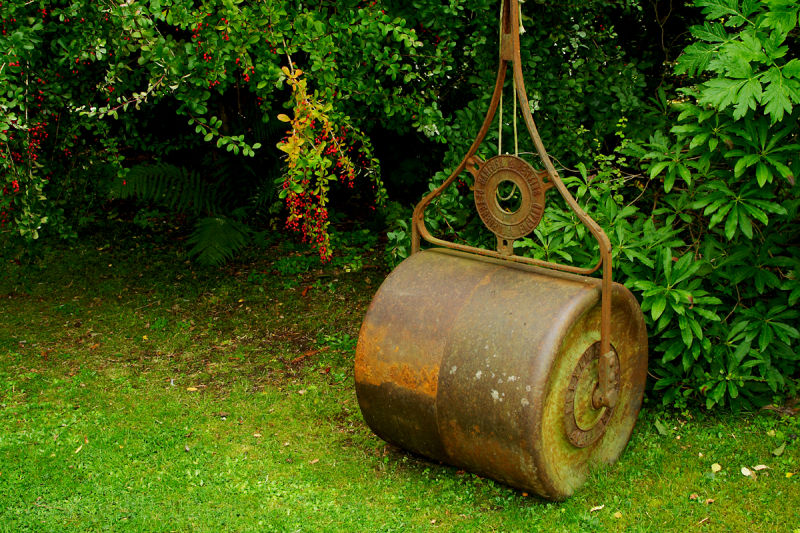 Lawn Roller at the entrance to Cluny Gardens