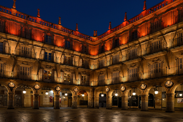Luz y noche. Light and night in Salamanca. 1