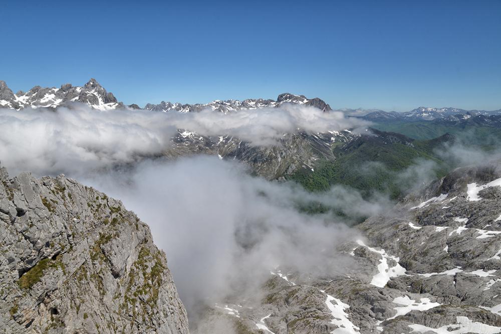 Llegada de las nubes. The arrival of the clouds #4