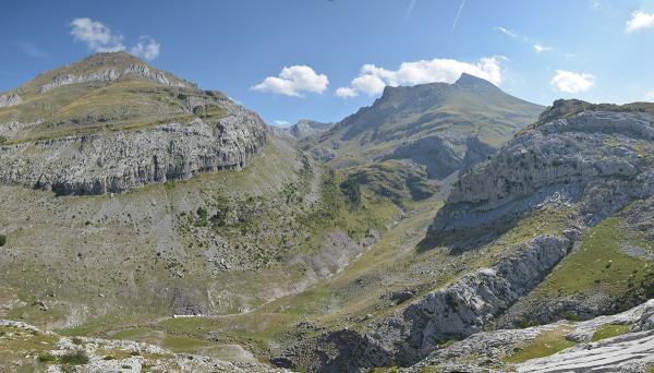 A walk in Gabardito area#4. Pyrenees