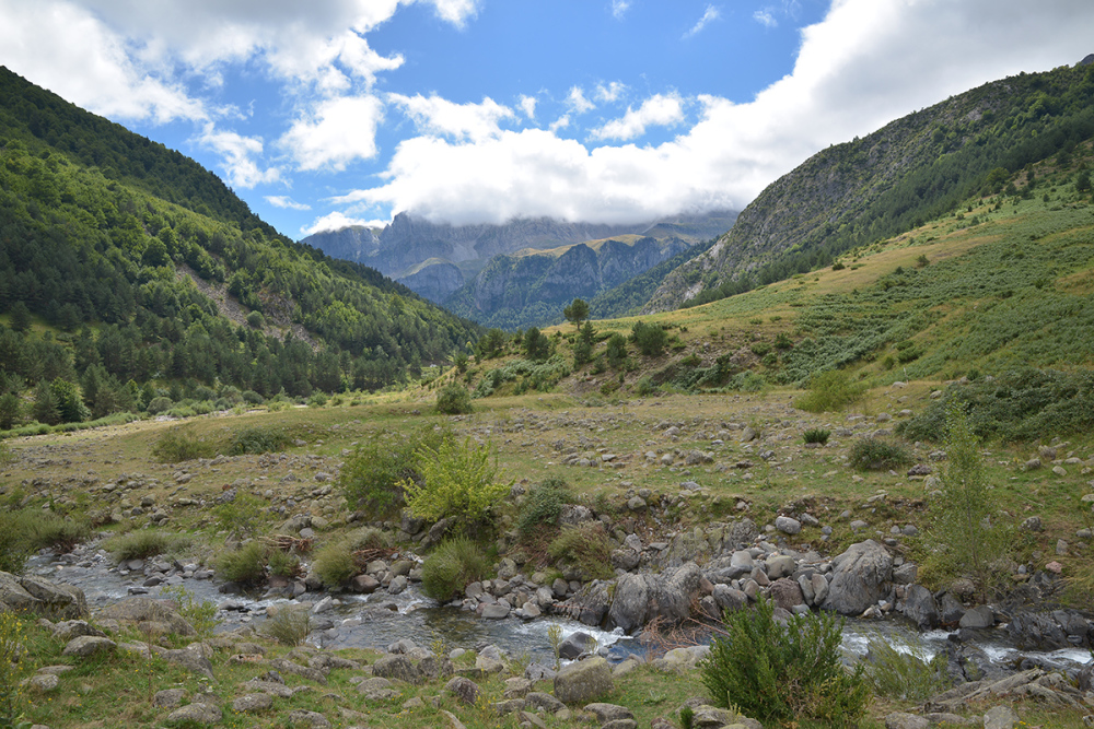 Ibon de Acherito. Acherito lake. Pyrenees #5