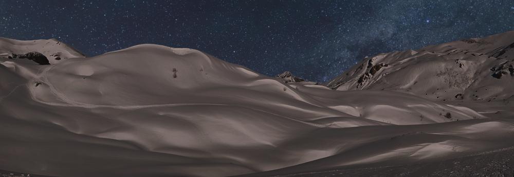 Estrellas sobre nieve. Stars over snow