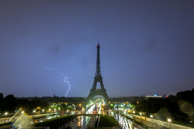 Orage Nocturne Parisien