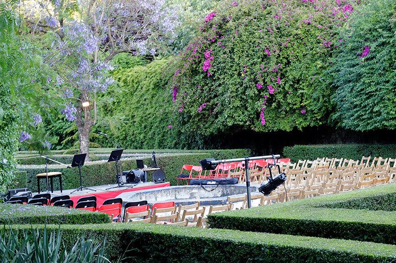 before concert in garden