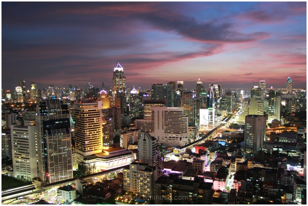 Catching glimpses of vibrant night Bangkok city
