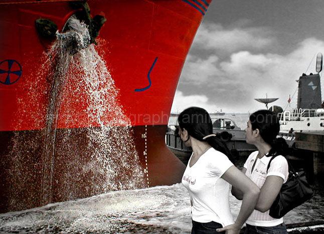 Splash Moment