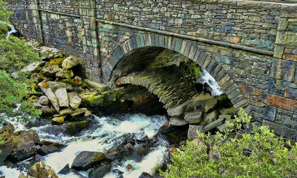 Ogwen Bridge 1/2 Roman