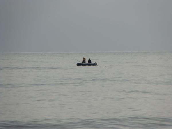 چه دریایی میان ماست