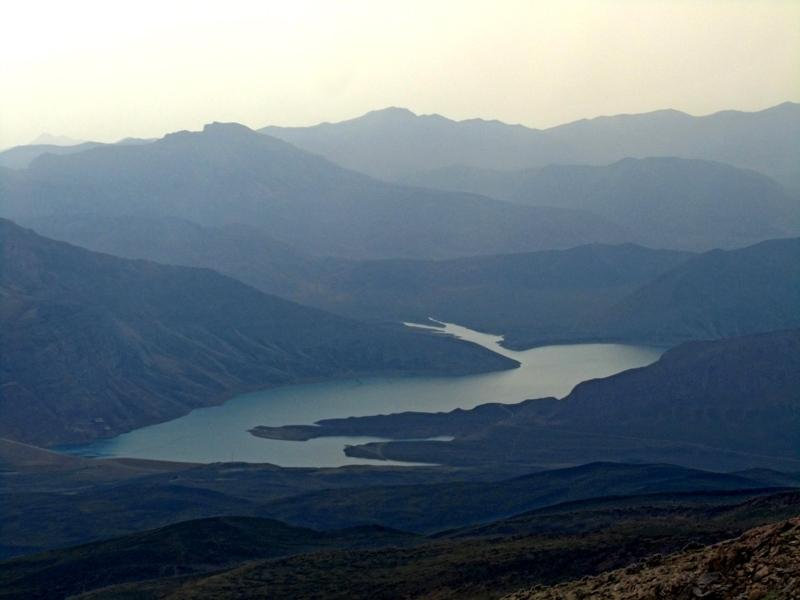 """"""" Lar """" dam lake"""