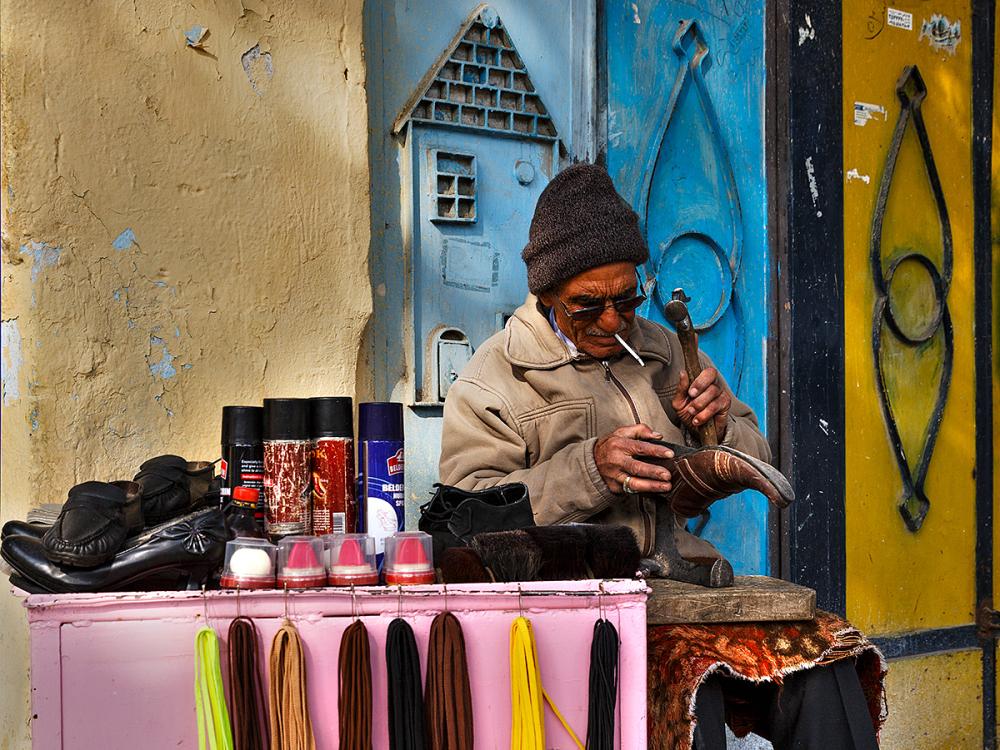 street shoemaker